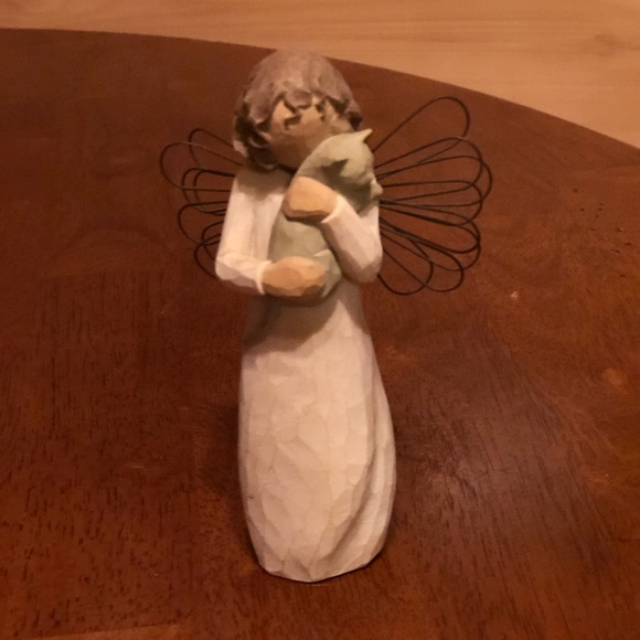 Willow Tree Angel with affection CAT